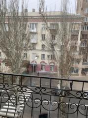 Продается Квартира, пр.Гурова 13, район Ворошиловский, город Донецк, Украина
