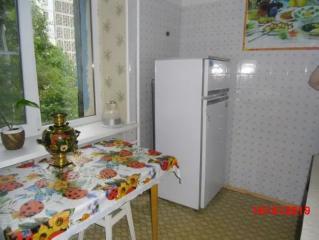 Продается Квартира, пр. Ильича 83 , район Калининский, город Донецк, Украина