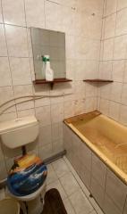 Продается Квартира, Денисенко 2, район Куйбышевский, город Донецк, Украина