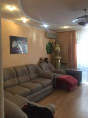 Продается Квартира, Красногвардейский проспект. , район Калининский, город Донецк, Украина
