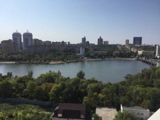 Продается Квартира, пр. Илича 17 в, район Калининский, город Донецк, Украина
