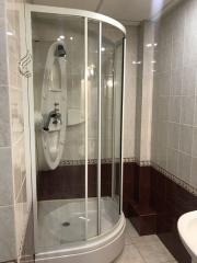 Продается Квартира, Овнатаняна 18, район Калининский, город Донецк, Украина