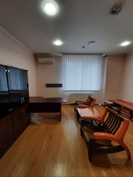 Продается 1-комн. Помещение, 210 м² - цена 75000 у.е. (Объявление:№ 84946) Фото 10